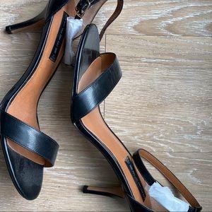 Steve Madden black strappy sandle heels never worn